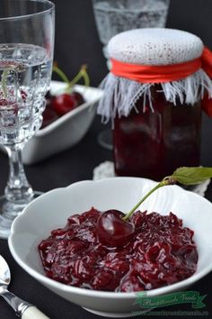 How To Make Jelly, Making Jelly, Romanian Food, Romanian Recipes, Canning Pickles, Christmas Gingerbread, Preserves, Cabbage, Berries