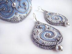 Beaded  earrings Margaret. por ODesing en Etsy, $25.00