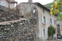 19th century old stone house with garden and barn near Caunes-Minervois in Languedoc.  €214,000/£178,497