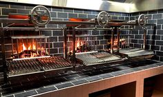 Resultado de imagen para wood burning grill in restaurant design Grill Restaurant, Restaurant Kitchen, Restaurant Design, Wood Grill, Bbq Grill, Brick Grill, Fire Cooking, Outdoor Cooking, Smoker Cooking
