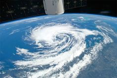 How are hurricanes formed? What are the differences between a hurricane, a cyclone, and a typhoon? What Is A Hurricane, How Are Hurricanes Formed, Environmental News, Ocean Jewelry, Ocean Life, Global Warming, Marine Life, Airplane View