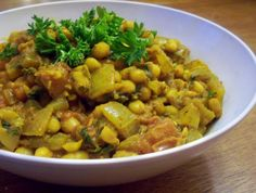 Moroccan White Beans stew (Loubia) - add peppers, mushrooms and serve over couscous