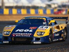 Ferrari F-40 compitiendo en las 24h de Le Mans de 1995