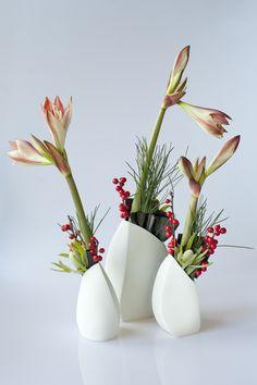 Barnacle vases by Nathalie Hendrickx Ceramics Planter Pots, Porcelain, Ceramics, Vases, Artwork, Flowers, Inspiration, Home Decor, Ceramica