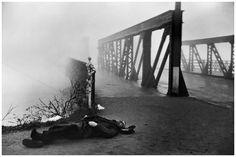 henri-cartier-bresson-near-strasbourg-1945.jpg (1358×904)
