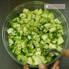 Toți vor cere porții suplimentare - budincă extraordinară cu dovlecei tineri! - savuros.info Zucchini, Vegetables, Food, Home, Diet, Essen, Vegetable Recipes, Meals, Yemek