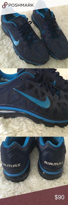 Men s blue Nike Airmax size 10.5 Excellent condition Men s Nike Airmax dark  blue and turquoise blue 85340fe3f2