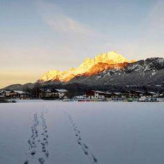 Morgensonne am Wilden Kaiser – Bild des Monats im Dezember 2019 Wilder Kaiser, Mount Everest, Mountains, Nature, Gadgets, Travel, Gold, Morning Sun, December