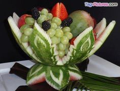 Vegetable and fruit carving: carvings by Boonmee Nishimoto You are in the right place about food car Watermelon Art, Watermelon Carving, Fruit Tray Designs, Fruits Decoration, Food Centerpieces, Fruit And Vegetable Carving, Food Garnishes, Garnishing, Food Carving