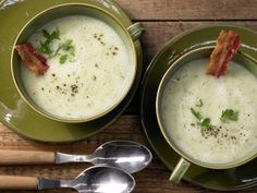 Kartoffelcremesuppe - mit Bacon - smarter - Kalorien: 228 Kcal - Zeit: 45 Min. | eatsmarter.de