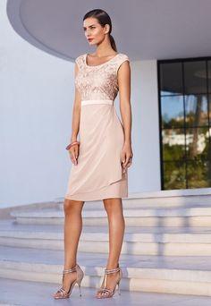 Dresscode: Cocktail - Dresscode: Styling-Fauxpas vermeiden! - Elegant und stilvoll heißen die Zauberwörter. Der Look sollte modisch sein, aber nicht zu trendig und ausgefallen. Das Outfit ist am besten ein Hingucker, aber nicht zu sexy...