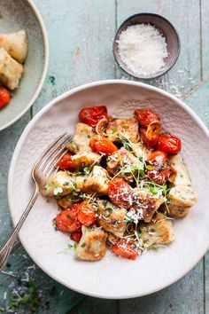 Minute Ricotta Gnocchi with Tomatoes This short cut ricotta gnocchi is perfect healthy weeknight comfort food.This short cut ricotta gnocchi is perfect healthy weeknight comfort food. Healthy Italian Recipes, Herb Recipes, Vegetarian Recipes, Gnocchi Recipes, Pasta Recipes, Dinner Recipes, Endive Recipes, Radish Recipes, Ricotta Gnocchi