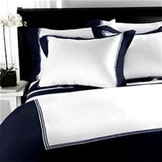 Navy Comforter set for guest bedroom Blue And White Comforter, Navy Comforter, Blue Duvet, Comforter Cover, White Bedding, Comforter Sets, Comfy Bedroom, Blue Bedroom, Large Bedroom