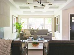Neutrals in the living room to make the space look bigger and brighter