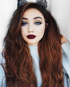 Eye Makeup Tips.Smokey Eye Makeup Tips - For a Catchy and Impressive Look Cat Eye Makeup, Beauty Makeup, Hair Beauty, Makeup Tips, Pale Skin Makeup, Makeup Style, Make Up Looks, Party Makeup Looks, Christmas Makeup