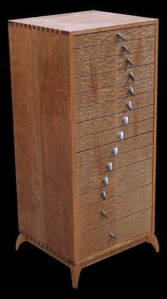 Fine Woodworking Furniture http://www.woodesigner.net offers great suggestions as well as techniques to working with wood