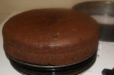 Pandișpan aerat cu cacao - rețetă rapida si delicioasa! - Retete-Usoare.eu Pudding, Desserts, Recipes, Food, Pixi, Sweets, Tailgate Desserts, Deserts, Custard Pudding