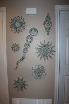 mandala pared,Papel periódico,Reciclar.                                                                                                                                                                                 Mais