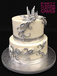 All buttercream cake with sculpted peas