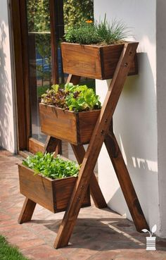 Ladder Box Herb Garden Ladder Box Herb Garden Source by lolasinn This information, from