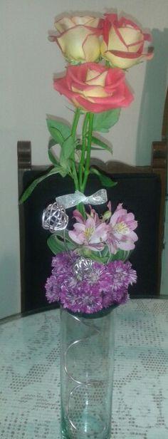 Rosas con Alstroemelias