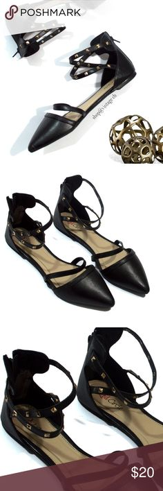 Red Circle Footwear Black Lana Embellished Flat A hint of embellishing and a pointed-toe design define the feminine elegance of these trend-right flats.  Zip closure Man-made Rubber sole Imported  Size: 8.5 Toe to Heel:  9.75 Red Circle Shoes Flats & Loafers