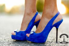 Peep the peep toes by Zara! Don't step on my blue suede shoes...
