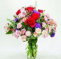 labella basket. Fresh flowers   La Bella Gift Baskets I make sure you receive your order on time   Email:flowervalleyflorist@yahoo.com