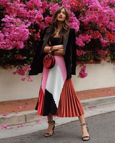 Proof Milan's Street Style Is the Best Place to Find Print Outfit Inspo – outfits Modest Fashion, Fashion Outfits, Womens Fashion, Fashion Trends, Fashion Weeks, Classy Fashion, Fashion Tips, Outfit Elegantes, Inspiration Mode