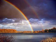 Existe Algo Mais Bonito do que Um Arco-Íris Duplo?
