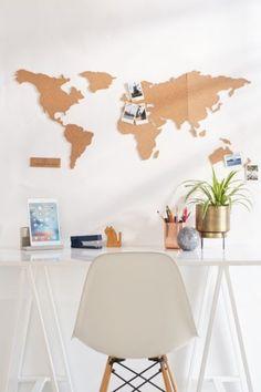 Carte du monde en brique de liège   Urban Outfitters