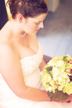 What a beautiful bouquet for a beautiful bride. Photo by Allison. #minneapolisweddingflorists