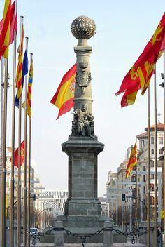 Zaragoza: monumento al justicia de aragon