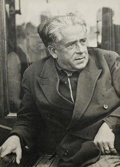 Man Ray-  Francis Picabia à Saint-Tropez, c. 1935.