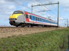Nederlandse NSE Mat '64 Old Steam Train, Rail Transport, Electric Train, Speed Training, Amsterdam Travel, Rolling Stock, Locomotive, Holland, Dutch