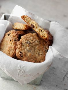 Classic Oatmeal Raisin Cookies - sharing my go-to recipe | Seasons and Suppers