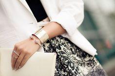 Traveler :: Printed skirt & Homemade clutch : Wendys Lookbook