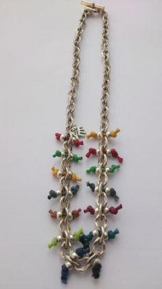 collar cadena con bolas zamak bañado en plata hilos de colores  zamak bañado en plata,hilo algodón hecho a mano con mimo