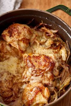 French Chicken Recipes, French Onion Chicken, Dutch Oven Recipes, French Recipes, Oven Dishes Recipes, Braiser Recipes, Saveur Recipes, Gruyere Cheese, Dining