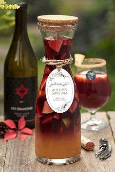 Autumn Sangria with Pinot Noir and Apple Cider. This looks like the best sangria recipe to serve at a fall party. Halloween Drinks, Holiday Drinks, Party Drinks, Cocktail Drinks, Vodka Drinks, Yummy Drinks, Beverages, Summer Cocktails, Wine Parties