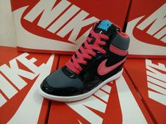 Air Max 1, Nike Air Max, Timberland Euro Sprint, Nike Tn Pas Cher, Nike Dunks, Sky High, Nike Free, Air Jordans, Sneakers Nike