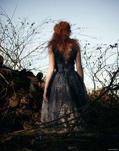 SOPHIE DRAKE HAS 'CABIN FEVER' IN ERIN EVE SHOOT Luisa Beccaria Dress