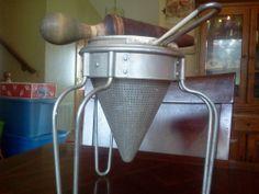Vintage Guardian Service Ware Potato Ricer / Strainer With Original Wood Pestle