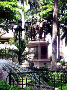Plaza de Bolivar an oasis in the middle of a walled city, Cartagena Colombia. http://www.going2colombia.com