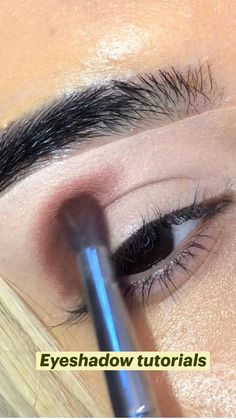 Day Eye Makeup, Eyebrow Makeup Tips, Dark Skin Makeup, Smokey Eye Makeup, Natural Makeup, Beauty Makeup, Goth Makeup, Mua Makeup, Makeup Brushes