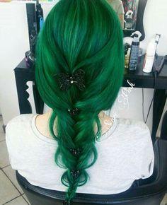 Loose green braid