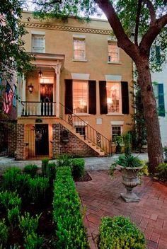 Jones Street Rowhouse, Savannah, Georgia