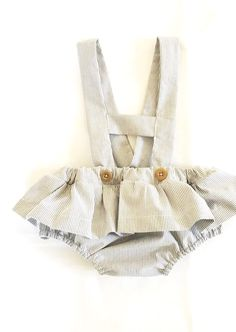 {beautiful sewing Beginner Sewing Patterns, Sewing Patterns For Kids, Sewing For Beginners, Sewing For Kids, Baby Patterns, Bohemian Girls, Vintage Bohemian, Baby Bibs, Rompers