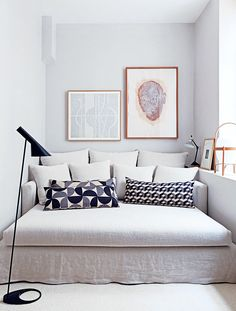 A double-sized daybed is perfect for this petite space