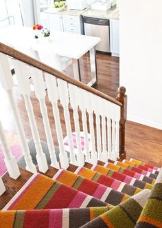 35 Cool Stair Carpet Runners To Make Your Life Safer | Shelterness